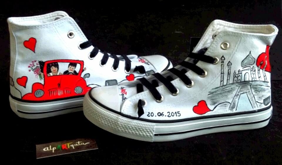 ===Mis zapatillas tienen vida=== Zapatillas-personlizadas-pintadas-optimistas-d