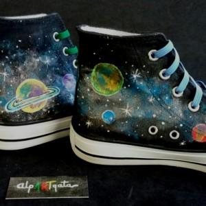 zapatillas-pintadas-a-mano-planetas-alpartgata (6)