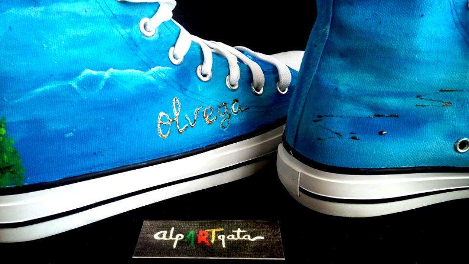 zapatillas-pintadas-a-mano-Olvega-alpartgata-