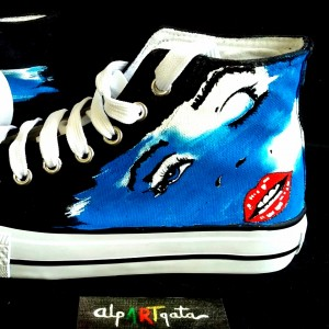 Zapatillas-pintadas-a-mano-marilyn-alpartgata (2)