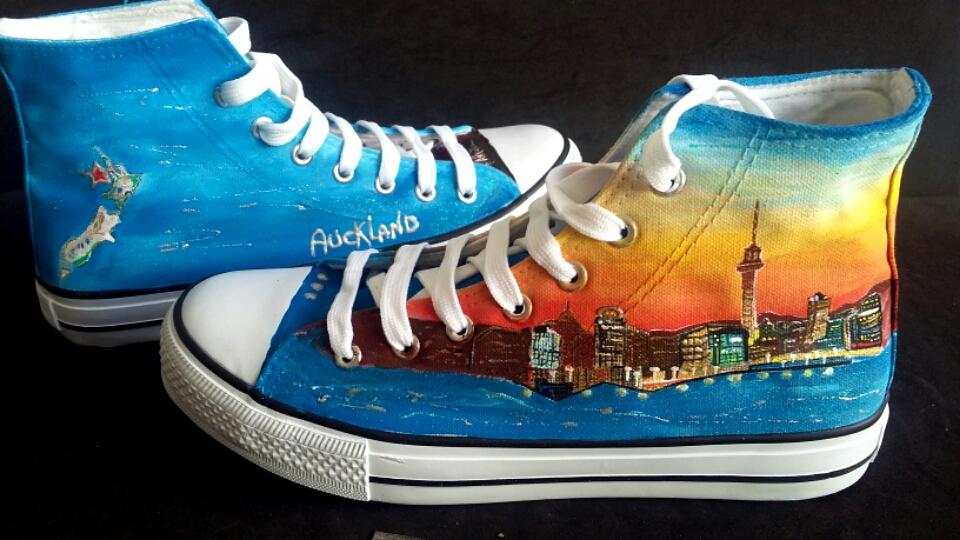 ===Mis zapatillas tienen vida=== Zapatillas-personalizadas-pintadas-a-mano-alpartga-nueva-zelanda-4