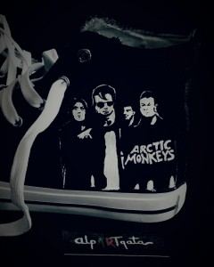 zapatillas-pintadas-a-mano-artic-monkeys-alpartgata-9