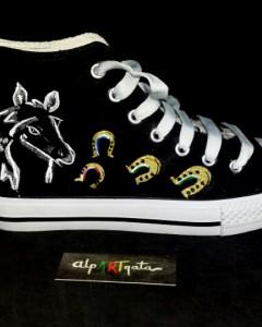 zapatillas-personalizadas-pintadas-alpartgata-caballos (1)