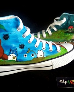 Zapatillas-personalizadas-pintadas-alpartgata-Totoro (15)