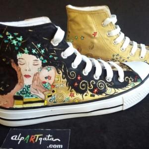 zapatillas-pintadas-mano-alpartgata-el-beso-klimt (6)