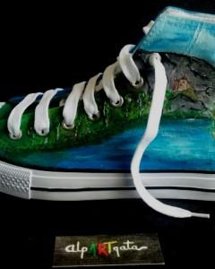 zapatillas-pintadas-a-mano-caminante-alpartgata