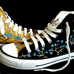 zapatillas-pintadas-a-mano-alpartgata-flores-nocturnas (2)
