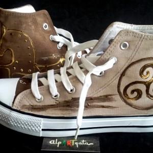 zapatillas-pintadas-a-mano-alpartgata-numantinas-4