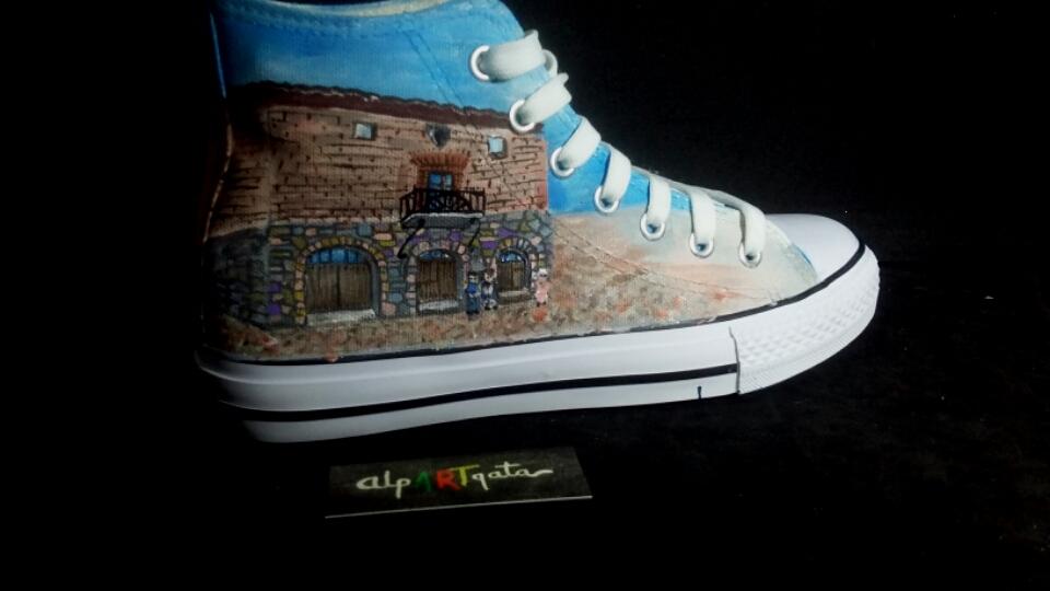 zapatillas-personalizadas-alpartgata-pintadas-coleccion-capital (10)