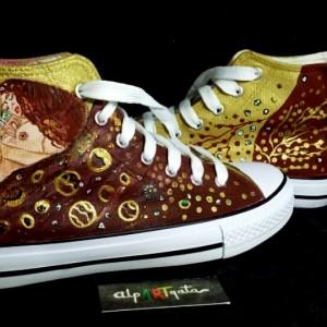 zapatillas-personalizdas-pintadas-alpartgata-danae-klimt (2)