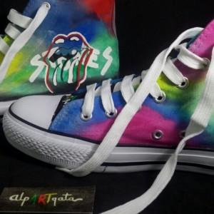 Zapatillas-pintadas-personalizadas-alpartgata-rolling-stones (7)